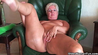 Carbuncle butt granny Sandie spreads old pussy (compilation)