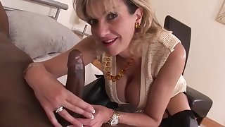 British MILF and her black Lover