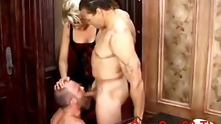 Wife Likes How Her Cuckold Husband Blowing Knob
