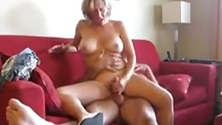 This slut loves a good fuck and she likes what she does